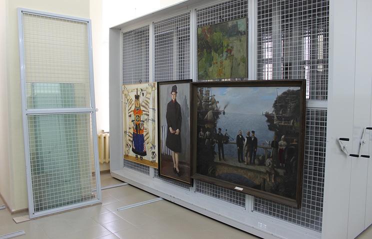 Фондохранилище в здании Картинной галереи Екатеринбургского Музея ИЗО