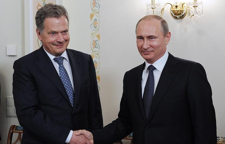 Президент РФ В. Путин встретился с президентом Финляндии С. Ниинисте