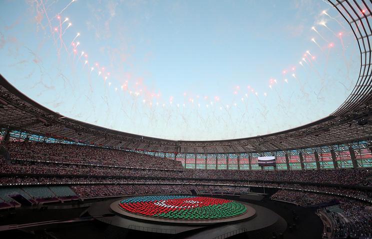 Олимпийский стадион во время церемонии открытия Европейских игр в Баку