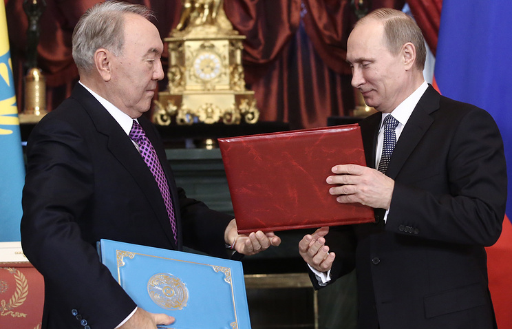 Президент Казахстана Нурсултан Назарбаев и президент РФ Владимир Путин