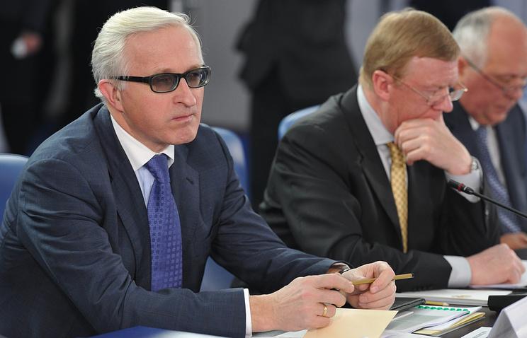 Александр Шохин и Анатолий Чубайс (слева направо)