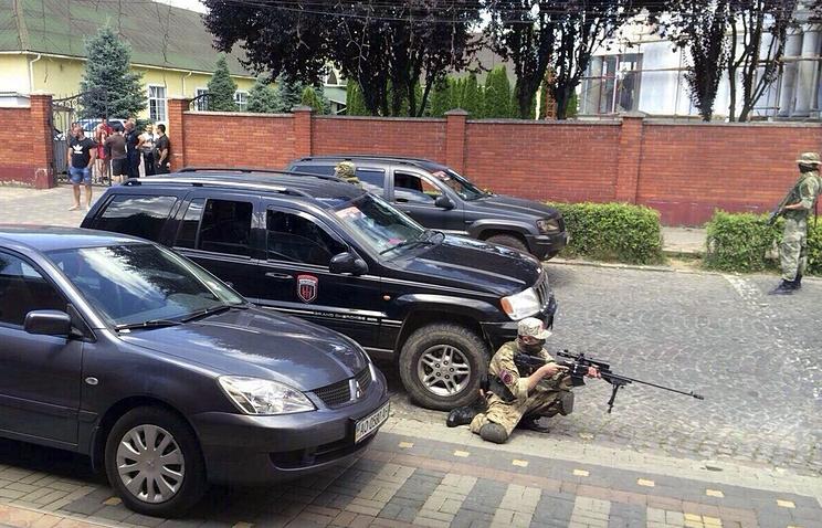 """Бойцы """"Правого сектора"""" в Мукачево, 11 июля"""