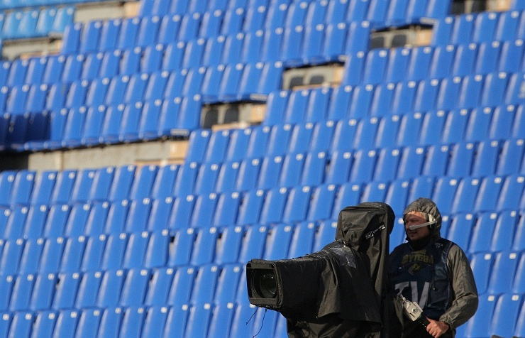 Оператор на матче чемпионата России по футболу