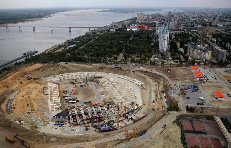 Волгоград. Вид на строительную площадку стадиона для проведения игр чемпионата мира по футболу 2018 года