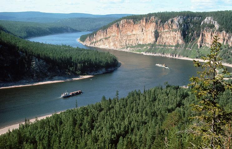 Вид на реку Лена
