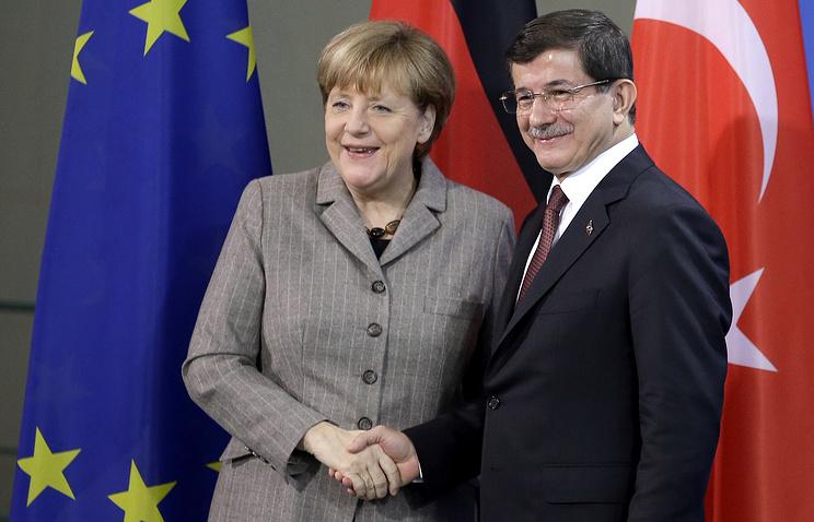Канцлер Германии Ангела Меркель и премьер-министр Турции Ахмет Давутоглу