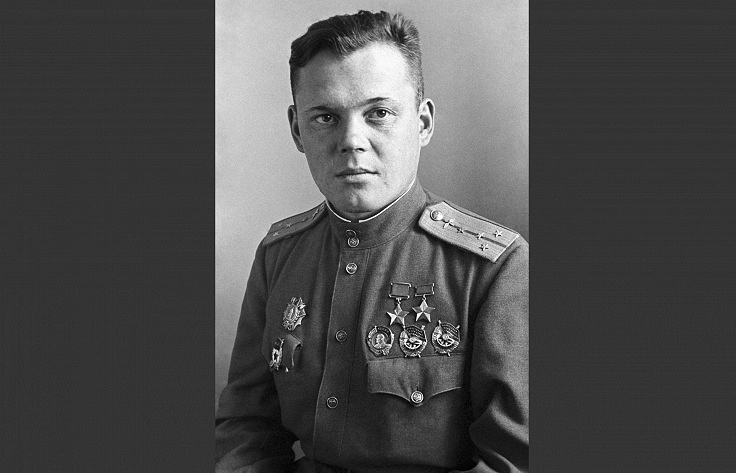 Дважды герой Советского Союза, летчик-истребитель Григорий Речкалов