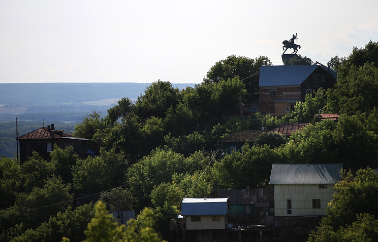 Вид на памятник Салавату Юлаеву в Уфе