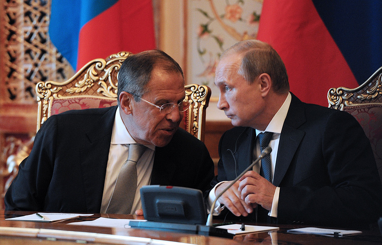 Глава МИД РФ Сергей Лавров и президент РФ Владимир Путин