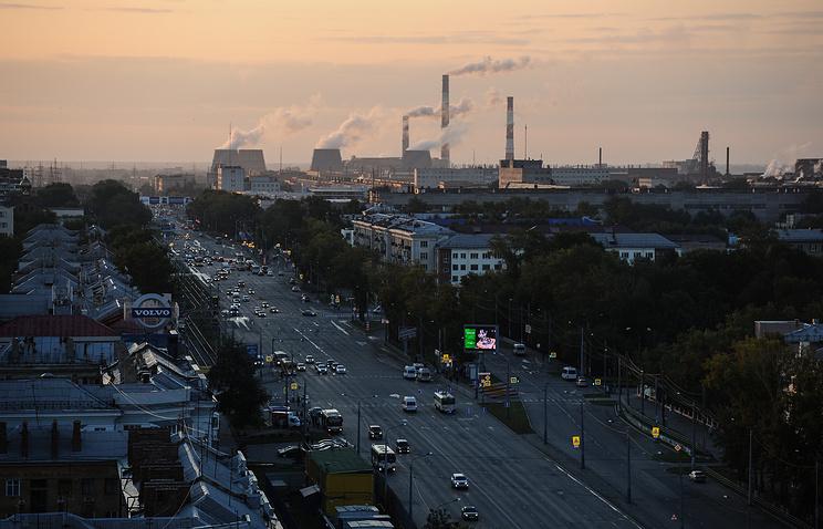 Вид на Челябинский тракторный завод