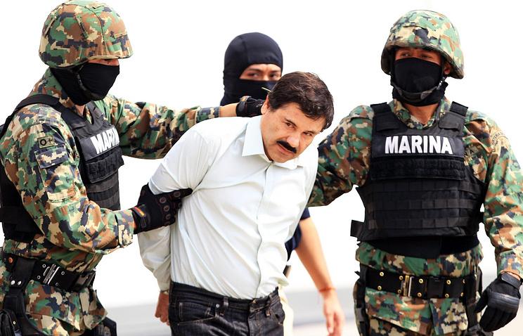 Хоакин Гусман во время ареста в феврале 2014 года