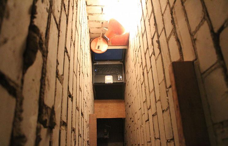 """Аугустас Серапинас, """"Секретная Студия"""", 2012, инсталляция"""