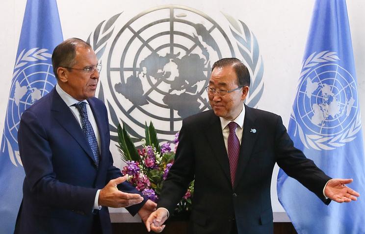 Министр иностранных дел РФ Сергей Лавров и генеральный секретарь ООН Пан Ги Мун (слева направо)