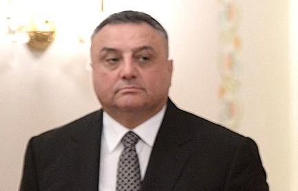 Эльдар Махмудов