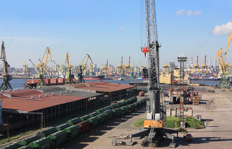 В порту Санкт-Петербурга