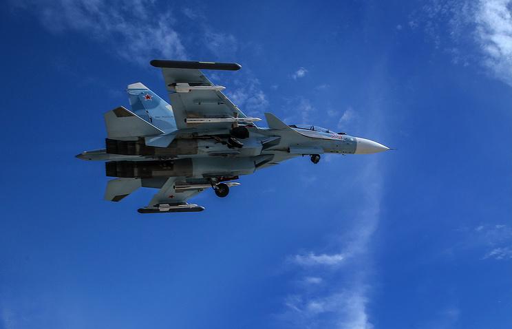 """Многоцелевой тяжелый истребитель поколения 4+ Су-30 в районе авиабазы """"Хмеймим"""""""