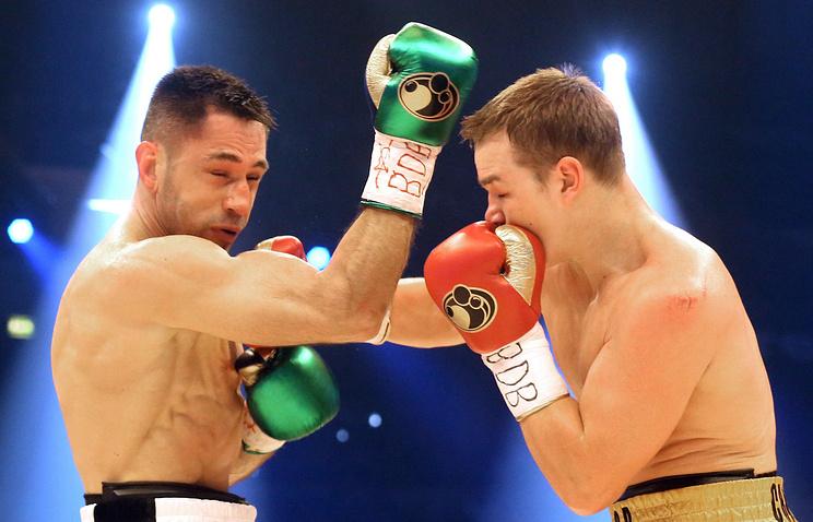 Федор Чудинов (справа) во время боя против Феликса Штурма