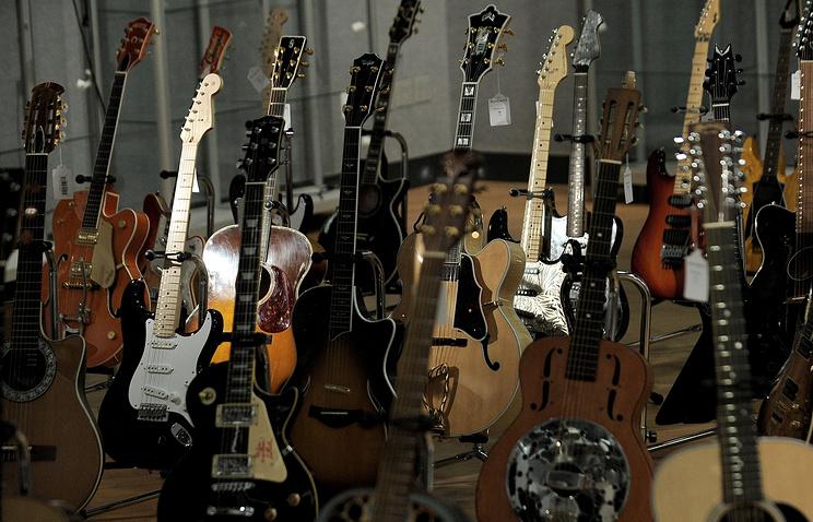 Гитары из коллекции Эрика Клэптона, архив