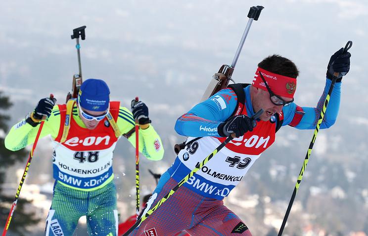 Евгений Гараничев (справа) во время индивидуальной гонки на чемпионате мира