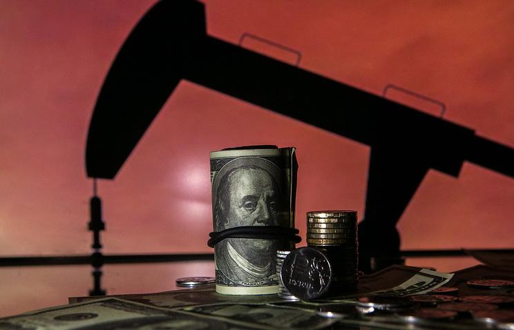 ВЭБ: резкого обвала стоимости нефти небудет