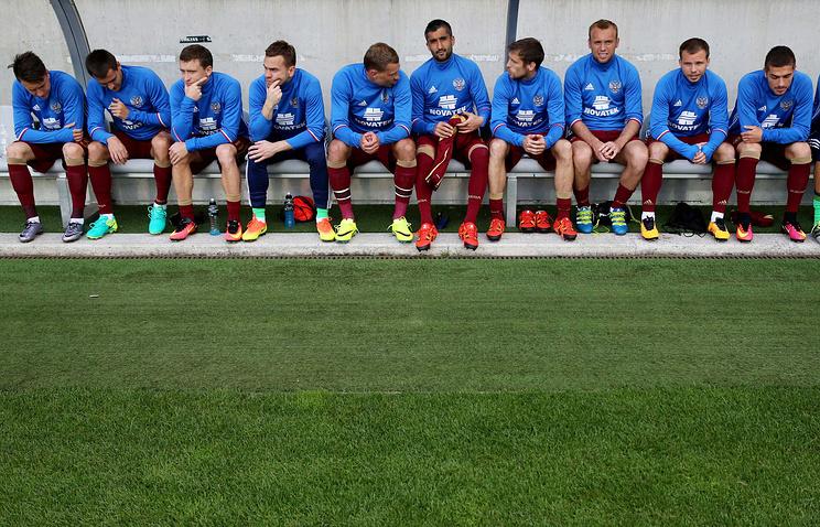 Сборная России потеряла две позиции в обновлённом рейтинге ФИФА
