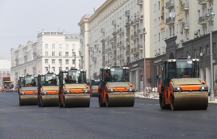 Неменее 172 тыс. квадратных метров асфальтобетона уложили попрограмме «Моя улица»