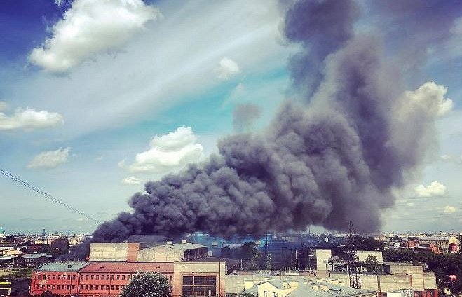 ВПетербурге потушен пожар назаводе