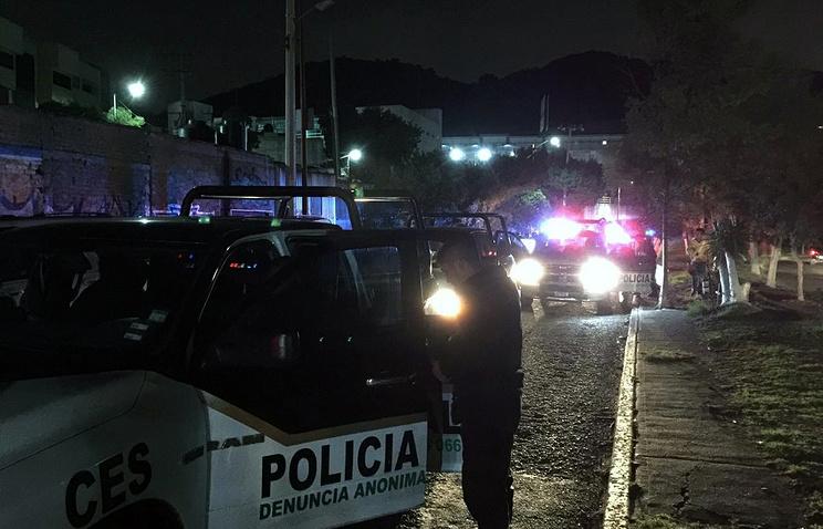 ВМексике издорогого ресторана похитили гостей