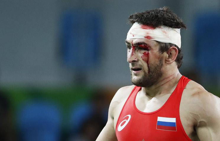 Житель россии Гедуев завоевал сереброОИ ввольной борьбе