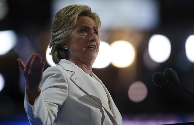 Клинтон опровергла слухи обухудшении здоровья