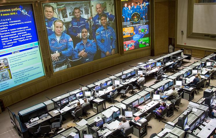 Высоту орбиты полета МКС увеличили на2,3 километра