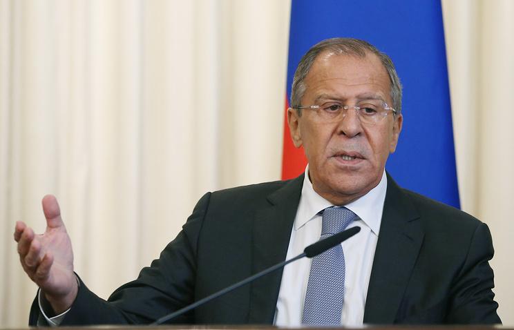 Министры иностранных дел Венгрии и РФ провели телефонные переговоры