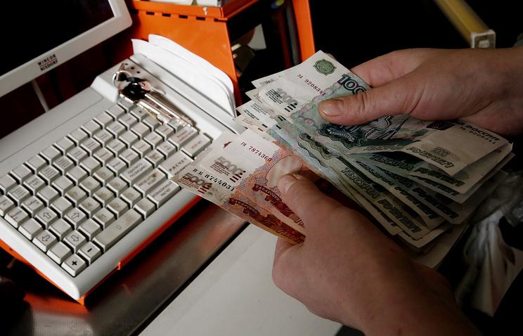 Жданова: денежных средств на заработной платы бюджетникам хватит только досередины осени