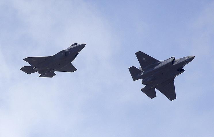 США закончили полеты 10 истребителей F-35 из-за неполадок