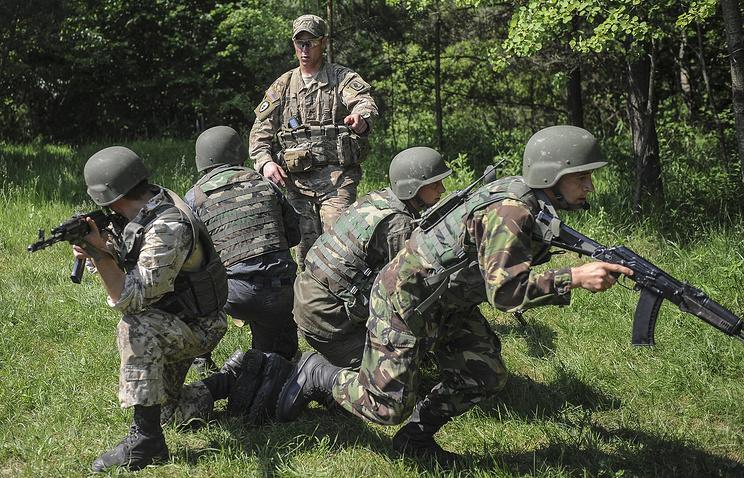 ВСША поведали, отчего зависит предоставление Украине смертельного оружия