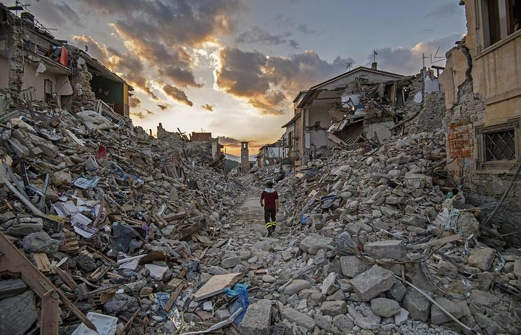 Вред отавгустовского землетрясения вИталии составляет как минимум эвро 4 млрд— Ренци