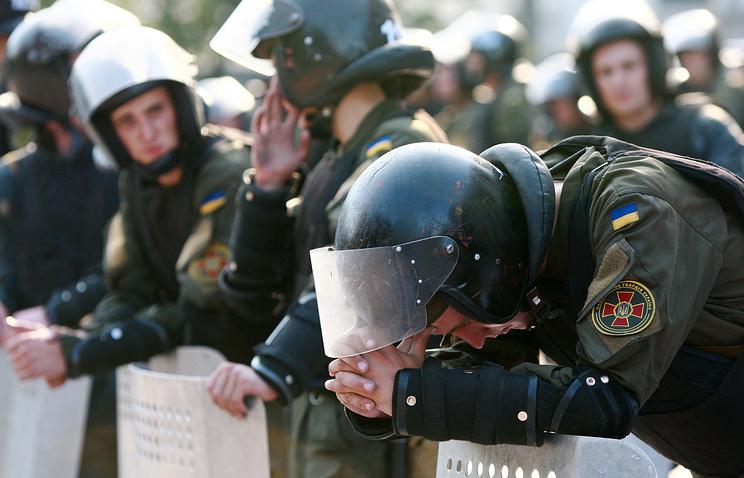 Около посольства США собрались «Торнадо» иFemen— Киев под ударом