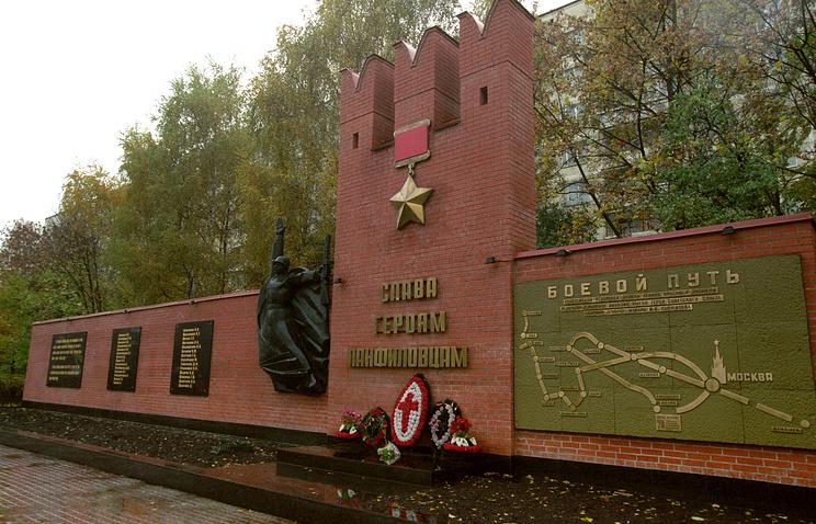 Владимир Мединский считает «кончеными мразями» тех, кто сомневается вподвиге панфиловцев