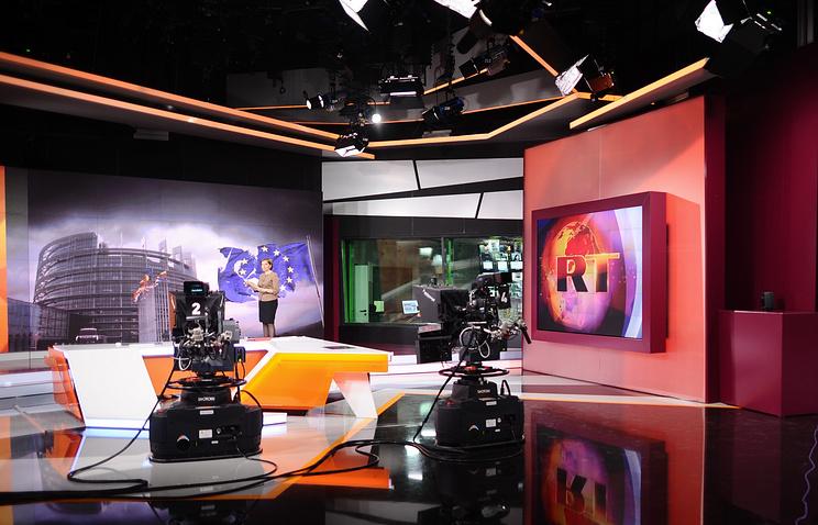 Лавров: решение позакрытию счетов Russia Today принимал небанк