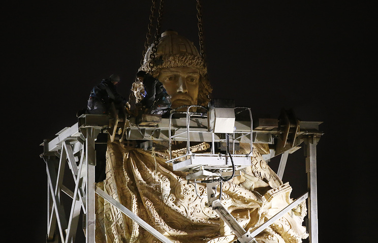 Строительные леса сняли вокруг монумента правителю Владимиру