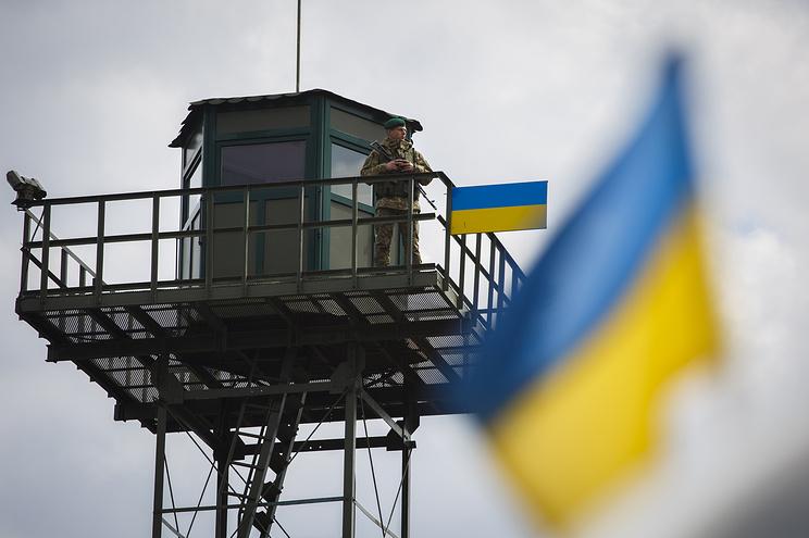Три года ниногой: Госпогранслужба запретила русской эстрадной певице заезд в государство Украину