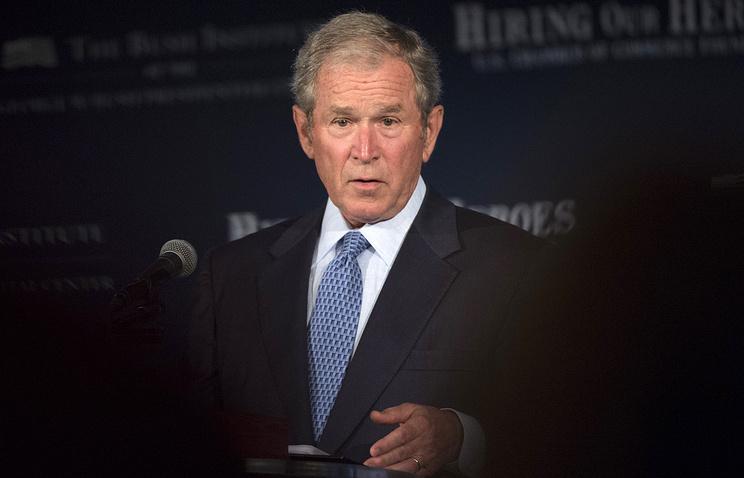 Джордж Буш-младший проголосовал заХиллари Клинтон