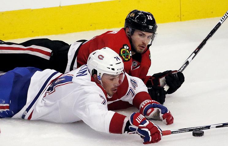 НХЛ. двадцатилетний защитник «Чикаго» Форслинг забросил первую шайбу вНХЛ