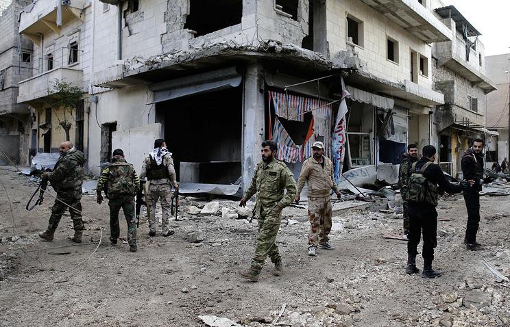 ВАлеппо боевики сбили самолет сирийских ВВС