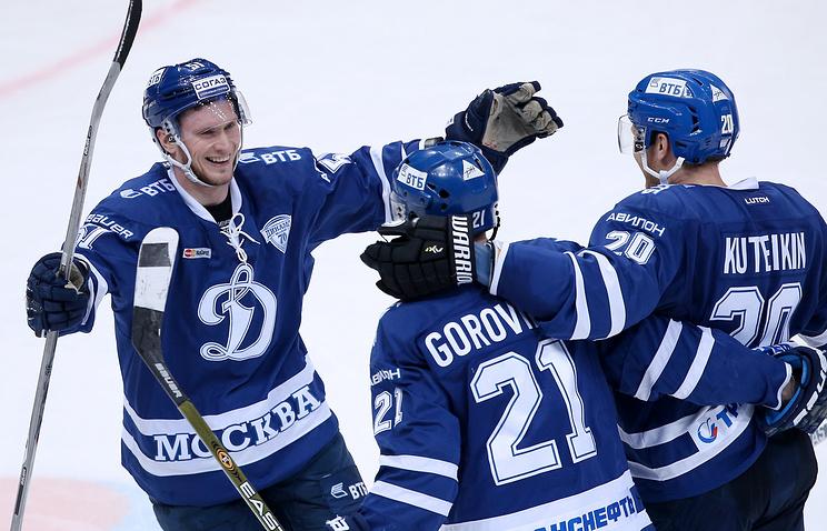 Столичное «Динамо» победило «Автомобилист» вматче КХЛ