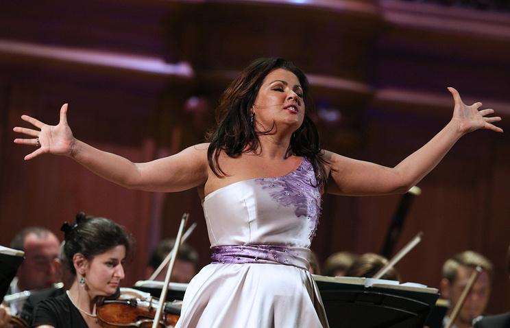 Анна Нетребко неафиширует свою номинацию напремию «Грэмми»
