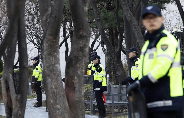Парламент Южной Кореи объявил импичмент президенту страны