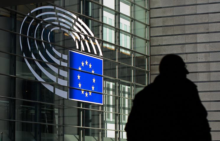 EC продлил санкции вотношенииРФ доконца июля 2017-ого года