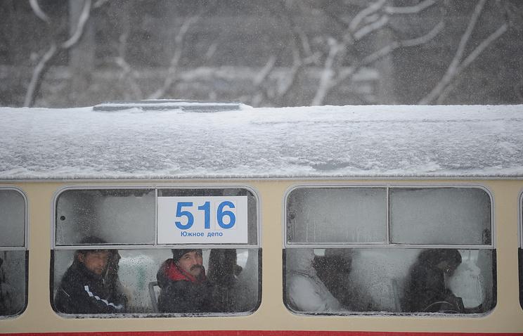 ВЕкатеринбурге в35-градусные морозы встали трамваи итроллейбусы