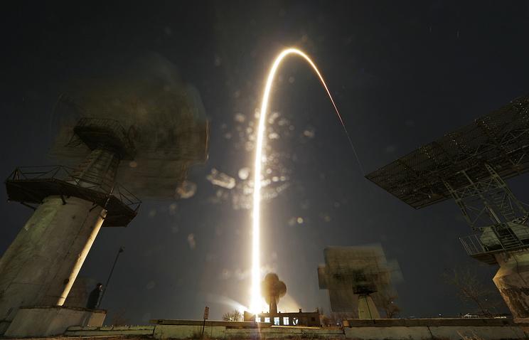 Япония запустила вторую компактную ракету натвердом горючем «Эпсилон»